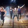 Rowyso - Hershey - 5-seconds-of-summer photo