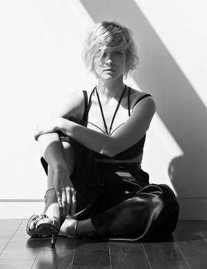 Sarah Jones - Cliche Magazine Photoshoot - 2015