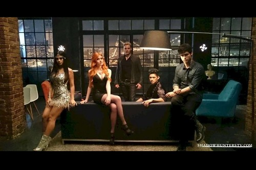 Shadowhunters TV ipakita wolpeyper called Shadowhunters