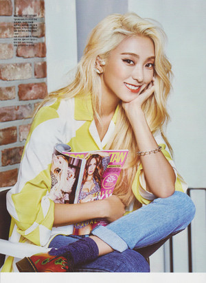 Sistar Bora and SNSD Tiffany for Cosmopolitan Magazine (Sep. 2015)