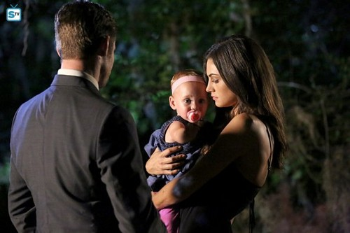 The Originals پیپر وال probably containing a business suit and a well dressed person entitled The Originals - Episode 3.01 - For the اگلے Millennium - Promo Pics