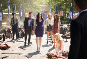 "The Vampire Diaries ""Day One of Twenty-Two Thousand, Give 或者 Take"" (7x01) promotional picture"