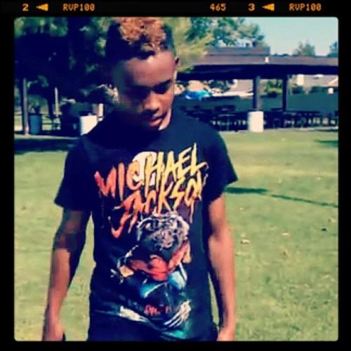 craig crippen prodigy from mindless behavior got his michael jackson camisa on