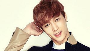 Exo lay member 2015 704