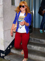 kelly clarkson got her michael jackson shirt on - michael-jackson photo