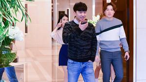 "151005 IU at the Sony Korea ""h.ear"" headphone launch event"