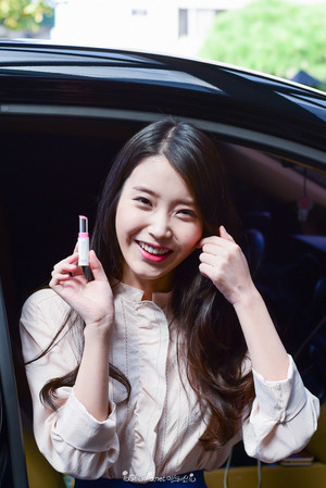 "151005 iu at the Sony Korea ""h.ear"" headphone launch event"