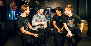 5SOS Live, Stripped and Intimate