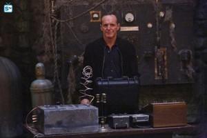 Agents of S.H.I.E.L.D. - Episode 3.02 - Purpose in the Machine - Promo Pics