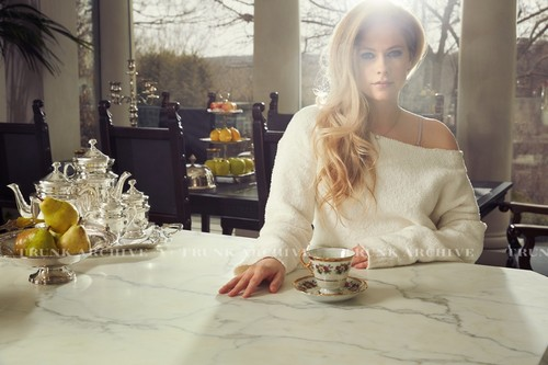 Avril Lavigne wallpaper with a dinner table, a brasserie, and a bistro called Avril Lavigne 2015 Photoshoot ♥