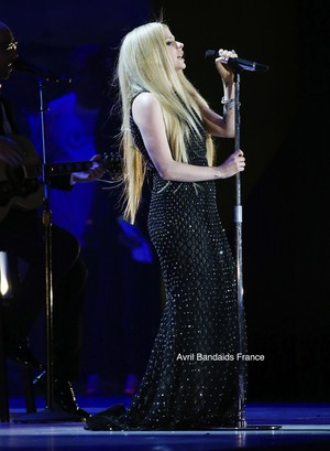 "Avril Lavigne Special Olympics ""Fly"" performance - Los Angeles 25.07.15 ♥"