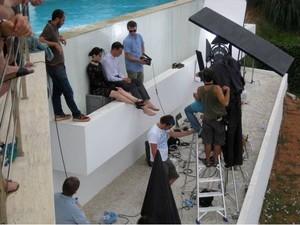 Behind the scenes of Wonderful Life