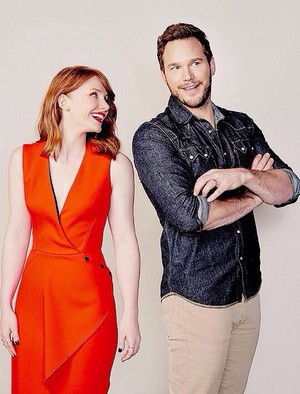 Bryce Dallas Howard and Chris Pratt