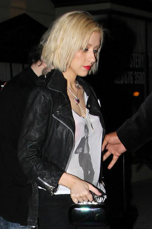 Christina Aguilera wears a camicia of michael jackson