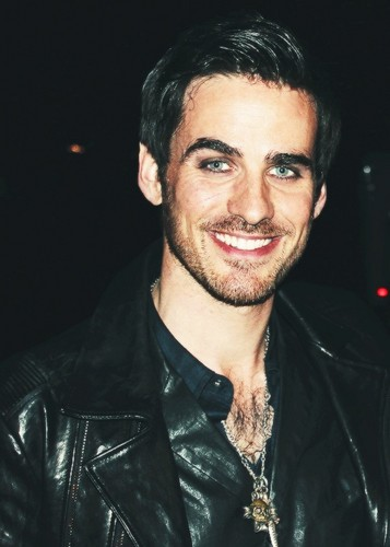 Colin O'Donoghue kertas dinding probably with a well dressed person and a business suit entitled Colin O'Donoghue ♡