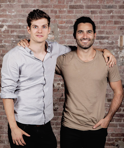 Tyler Hoechlin fond d'écran probably containing a rue entitled Daniel and Tyler
