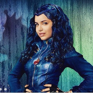 Disney's Descendants' Evie, Daughter of The Evil reyna