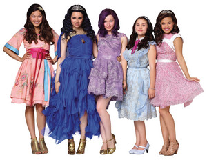 Disney's Descendants' Lonnie, Evie, Mal, Jane and Audrey