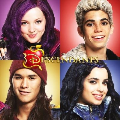Disney achtergrond with a portrait entitled Disney's Descendants' Mal, Carlos De Vil, vlaamse gaai, jay and Evie