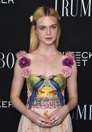 Elle at 'Trumbo' Premiere