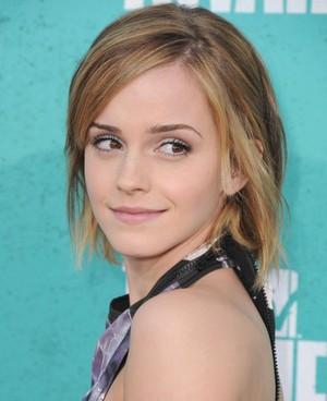 Emma at 엠티비 Movie Awards
