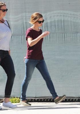 Emma on the set of 'The Circle'