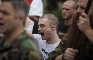 Ex : New Still from Daniel Radcliffe upcoming film 'Imperium' (Fb.com/DanielJacobRadcliffefanClub)