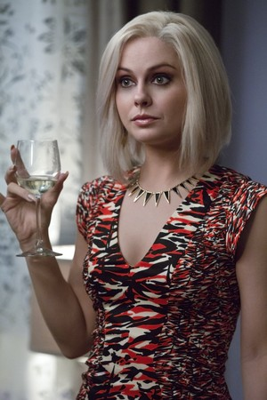 "Izombie ""Real Dead Housewife of Seattle"" (2x03) promotional picture"