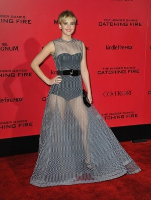 Jennifer Red Carpet outfit
