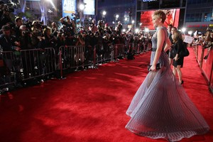 Jennifer Red Carpet outfit
