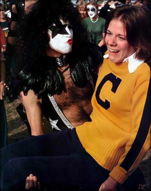 Ciuman Cadillac, Michigan...October 9-10, 1975 ~40th anniversary