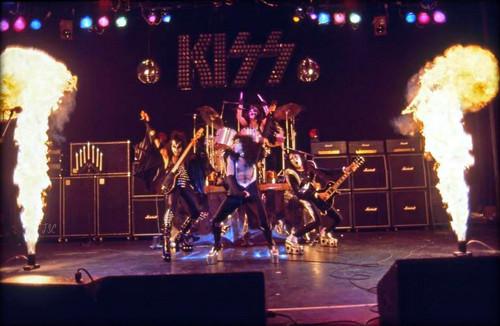 Kiss Alive  Tour