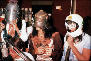 baciare ~Los Angeles, California…August 26, 1977 (KTNQ radio)