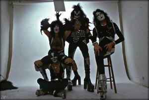 Kiss ~Los Angeles, California…May 30, 1975
