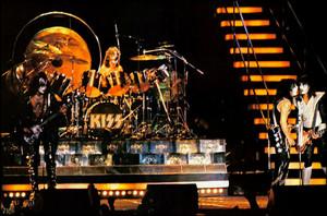 KISS Meets the Phantom of the Park konzert ~Valencia, California…May 19, 1978 (Magic Mountain Amus