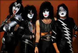 KISS ~Munich West Germany...November 30, 1982 (Creatures European Promo Tour)