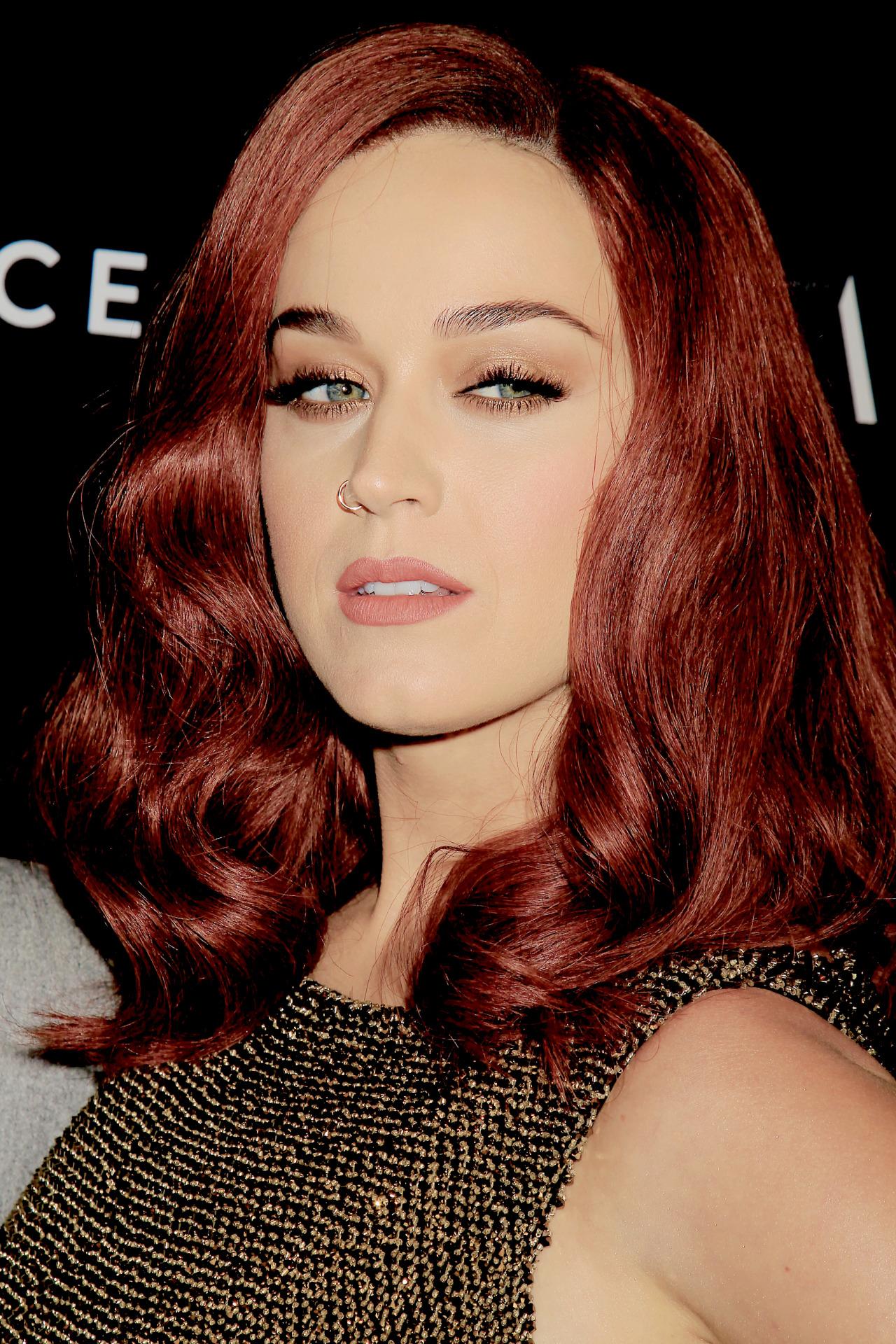 Katy Perry - Katy Perr... Katy Perry
