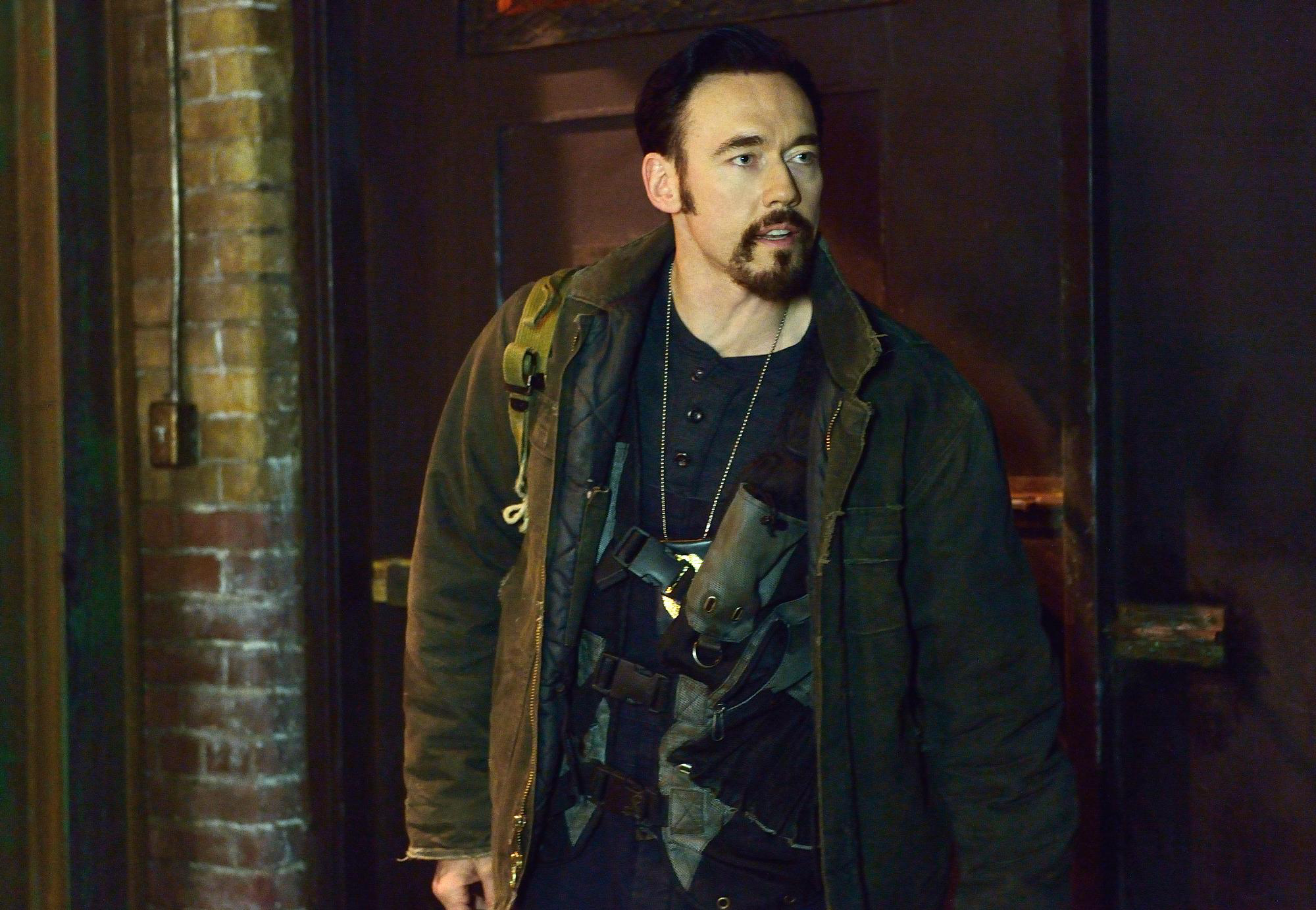 Kevin Durand as Vasiliy Fet in The Strain - 2x01 - BK, NY