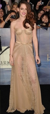 Kristen Stewart at the Première Breaking Dawn Part 2