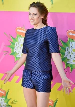Kristen Stewart catwalk