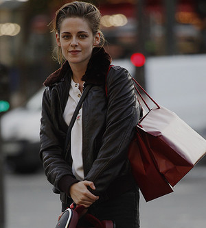 Kristen in Paris filming 'Personal Shopper'