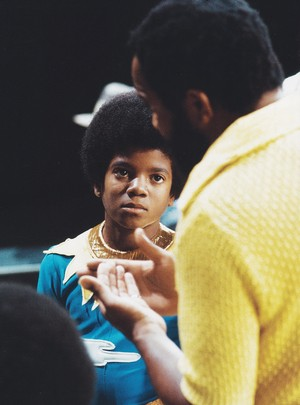 Michael Jackson - HQ Scan - Goin Back To Indiana show'71