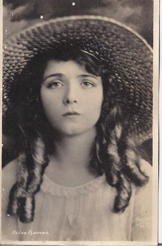 oliva Thomas (October 20, 1894 – September 10, 1920)