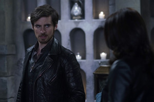Once Upon A Time - Episode 5.06 - The bär and the Bow
