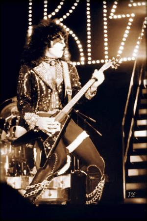 Paul ~San Francisco, California...August 16, 1977 ~Love Gun Tour/Cow Palace