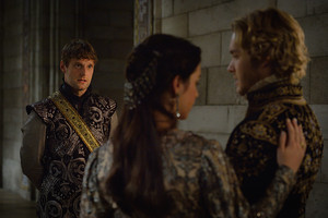 "Reign ""Extreme Measures"" (3x03) promotional picture"