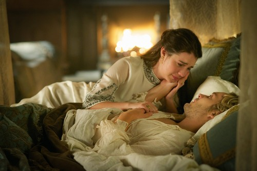 "Reign [TV Show] Hintergrund containing a neonate called Reign ""The Price"" (3x04) promotional picture"