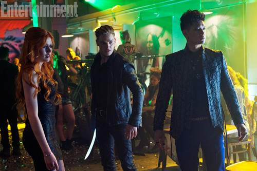 Mortal Instruments wallpaper containing a concert titled Shadowhunters