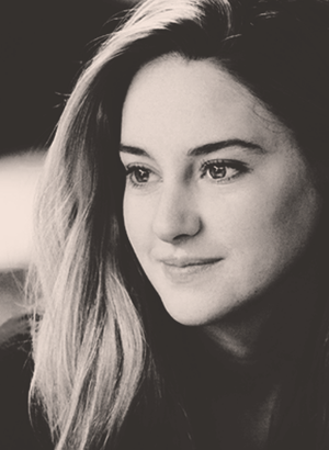 Shailene as Tris Prior,Divergent