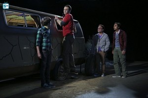 The Big Bang Theory 9.03 ''The Bachelor Party Corrosion''